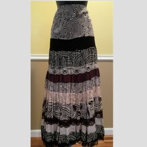 Dresses & Skirts - NWT Pretty Newport News Maxi Long Skirt Size S